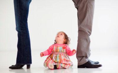 Как и когда объяснить ребенку почему развелись папа и мама?